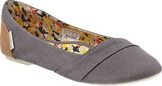 Keen Cortona Flat. Looking for a cute walking shoe for travel that doesn't immediately peg me as a tourist who wants to go on a hike in ugly shoes.