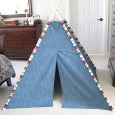TeePee Tutorial | Pink Toes and Power Tools - Similar to the one from Land of Nod, also follow this link for a teepee made from this post - http://www.blipfoto.com/entry/2019499