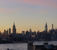 New York Life, Nyc Life, City Aesthetic, Travel Aesthetic, Places To Travel, Places To Visit, A New York Minute, Empire State Of Mind, City Vibe