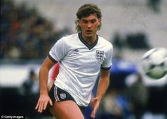During his England days Glenn Hoddle had a solid debut, but then wasn't picked for six months Ruben Loftus Cheek, England National, England Football, T Play, Football Team, Sporty, Mens Tops