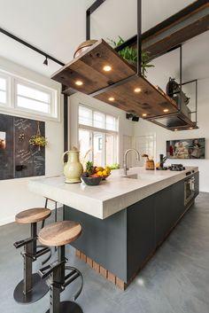 Industrial Kitchen Design, Kitchen Room Design, Modern Kitchen Design, Home Decor Kitchen, Interior Design Kitchen, New Kitchen, Home Kitchens, Modern Design, Cuisines Design