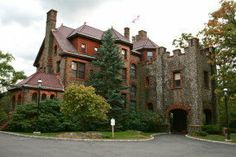 Kip's Castle in Verona dupontcastle.com Essex County Executive Joseph N. DiVincenzo, Jr. invites the public to celebrate the holiday season and participate in the Fourth Annual Essex County Historic Holiday House Tour. Thirteen Essex County historic sites will be...