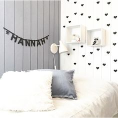 #ommdesign #wordbanner now available to purchase at LM&M! Available in black or gold, with optional add on nunbers and letters. Picture cred @sol_kristin #kidsroom #kidsroomdecor #garland #kidsroominspo #kidsinteriors #kidsroomenvy #nursery #kidsinteriorinspo #childrensdecor #kidsbedroom