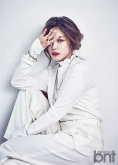 Hyosung is a classy lady overflowing with elegance for 'International bnt' | http://www.allkpop.com/article/2016/05/hyosung-is-a-classy-lady-overflowing-with-elegance-for-international-bnt