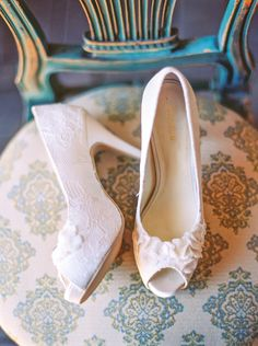 White Peep Toe Bridal Shoes | photography by http://www.melissajill.com/