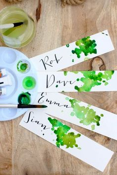 DIY place cards or gift tags DIY Place Cards or Gift Tags ., DIY place cards or gift tags DIY place cards or gift tags # gift tags cards. Diy And Crafts, Crafts For Kids, Paper Crafts, Diy Paper, Diy Place Cards, Cards Diy, Diy Wedding Place Cards, Diy Table Cards, Wedding Gifts
