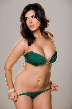 Sunny leone in sexy green bikini