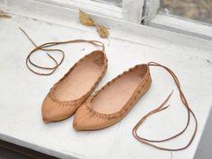 как делали кожаную обувь на руси: 15 тыс изображений найдено в Яндекс.Картинках