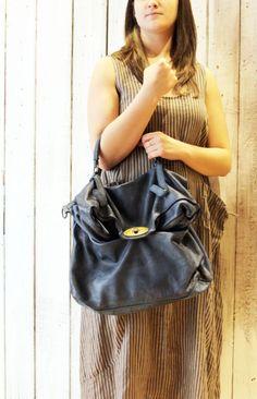 "MAIL BAG 6"" Handmade Italian Leather Messenger Bag di LaSellerieLimited su Etsy"