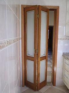Porta De Madeira Com Vidro 04 Jpg Pictures Door Design, Doors Interior, Window Design, Small Bathroom Renos, Door Glass Design, Bathroom Doors, Bathroom Design Luxury, House Interior Decor, Bathroom Design