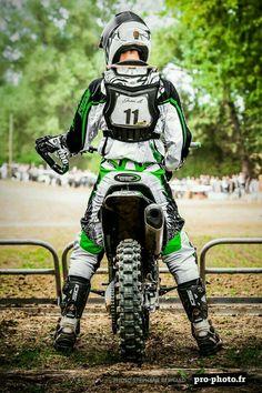 Ride a dirt bike. Motocross Love, Enduro Motocross, Motocross Goggles, Motorcycle Dirt Bike, Moto Bike, Dirt Biking, Honda 125, Honda Bikes, Mx Racing