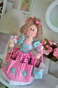 Love her, Flutterby Patch Doll Crafts, Sewing Crafts, Sewing Projects, Sewing Dolls, Sewing Accessories, Felt Diy, Fabric Dolls, Fabric Sewing, Soft Dolls