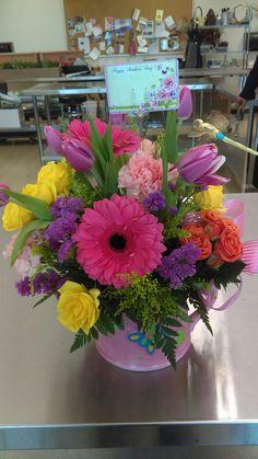 Flower Arrangement Designs, Dried Flower Arrangements, Beautiful Flower Arrangements, Most Beautiful Flowers, Floral Centerpieces, Pretty Flowers, Easter Flowers, Fake Flowers, Container Flowers