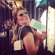 De mooie Pauline Wingelaar met onze Pscallme armbanden om❤️  Shop yours online at www.pscallme.nl Kurt Cobain, Om, Sunglasses, Style, Fashion, Wristlets, Swag, Moda, Fashion Styles