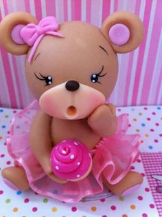 Little Baby Bear cake topper