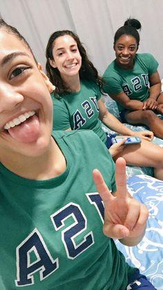 Simone Biles (@Simone_Biles) | Twitter Team Usa Gymnastics, Gymnastics Images, Gymnastics Quotes, Amazing Gymnastics, Artistic Gymnastics, Olympic Gymnastics, Gymnastics Girls, Tumbling Gymnastics, Cheerleading