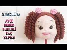 #amigurumiHair Ayşe Bebek Bukleli Saç ve gül toka yapılışı PART 5 (Amigurumihair English subtitle) - YouTube Crochet Dolls Free Patterns, Crochet Doll Pattern, Crochet Designs, Crochet Hats, Crochet Disney, Amigurumi Doll, Maya, Pony, Handmade