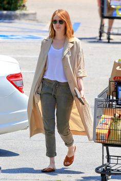 emma-stone-grocery-shopping-at-ralph-s-in-malibu-may-2015_12.jpg (1280×1920)