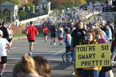 30 Awesome Marathon Spectator Signs