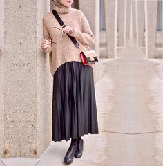 style womens wonder woman t shirt - Woman T-shirts Modern Hijab Fashion, Hijab Fashion Inspiration, Muslim Fashion, Modest Fashion, Casual Hijab Outfit, Hijab Chic, Modest Outfits, Skirt Outfits, Skirt Fashion