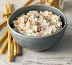 Smoked salmon, dill & lemon paté Really quick and delicious for starter, lunch or canapes
