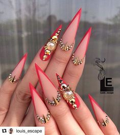 32 Elegant Acrylic Long Nails Design For Summer Nails -Coffin & Stiletto – – Long Nail Designs Red Stiletto Nails, Sexy Nails, Dope Nails, Glam Nails, Bling Nails, Coffin Nails, Beauty Nails, Gorgeous Nails, Pretty Nails