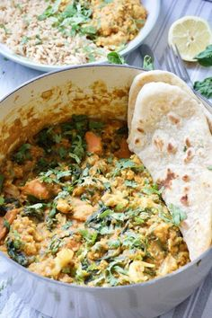 Easy Cauliflower & Lentil Curry (Vegan) This Easy Cauliflower & Lentil Curry is the perfect meat-free, midweek family feast. Delicious, filling & fuss-free it is packed with veggie goodness. Veggie Recipes, Indian Food Recipes, Whole Food Recipes, Cooking Recipes, Healthy Recipes, Easy Recipes, Lentil Recipes, Veggie Meals, Veggie Food