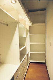 Roupas de layout de design de closet pequeno na moda 39 idéias - closet - Small Closet Design, Small Closet Storage, Small Closet Space, Small Closets, Dream Closets, Closet Designs, Small Spaces, Open Closets, Walk In Closet Ikea