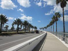 A nice walk. Sarasota Beach, Bradenton Florida, Florida Usa, The Places Youll Go, Places Ive Been, Sarasota Restaurants, Sarasota Real Estate, Siesta Key Beach, Beach Place