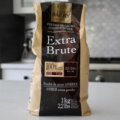 Description Cacoa Barry Extra Brut 100% pure cocoa powder (Very dark, 22/24% fat cocoa.) 1Kg or 2.2 lbs. 100% Cocoa. 23% Fat. Alkalized/Dutch Processed. Kosher. 24 month shelf life. Product of Fran ..