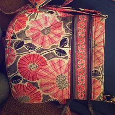 Vera Bradley bag Cute multi pocket purse crossbody Vera Bradley Bags Crossbody Bags