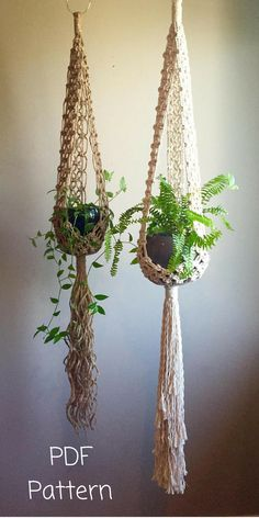"""I love these pot holders, I'm keen to try this DIY. Macramé Pattern to make the above """"Stella"""" Macramé Plant Hangers. You can make both the Short Stella version (shown in Jute) or the Long Stella version (shown in White Cotton). Affiliate Link #craft #diy #macrame"""