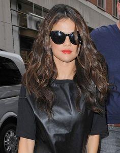 #Selena #Gomez #hair #curly