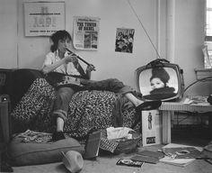 relaxing patti smith style. (via Campbells Loft)