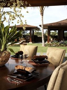 Tropical Dining Room Design, Pictures, Remodel, Decor And Ideas   Page 4