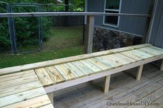Outdoor bench for our deck: DIY wood working project tutorial! Outdoor Stools, Outdoor Decor, Garden Storage Bench, Hampton Garden, Wooden Folding Chairs, Cedar Deck, Deck Posts, Outside Room, Long Bench