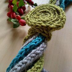 Epla er et nettsted for kjøp og salg av håndlagde og andre unike ting! Crochet Necklace, Bracelets, Jewelry, Bangles, Jewlery, Crochet Collar, Jewels, Bracelet, Jewerly