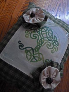 CELTIC WEDDING RING BEAReR PiLLoW by TheCelticHeart on Etsy, $75.00