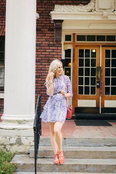 Four ways to look chic for the 4th of july: add an accent color