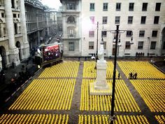 10.000 yellow helmets at milan's stock exchange #la giornata della collera - the day of anger - statement made.