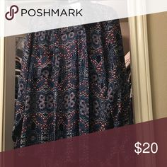 Express Portofino -  Floral Like new - large, floral Express Tops Blouses