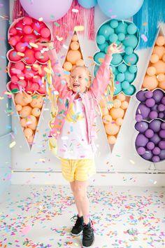 Balloon Backdrop, Balloon Centerpieces, Mylar Balloons, Balloon Garland, Balloon Decorations, Birthday Party Decorations, Birthday Bar, Birthday Ideas, Ice Cream Balloons
