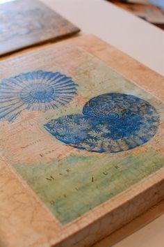 Annie Sloan Clear and Dark Soft Wax with Craqueleur helps make an amazing art canvas | Lee Caroline Art