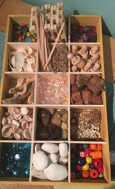 Toddler Learning Activities, Play Based Learning, Infant Activities, Kids Art Area, Art For Kids, Montessori, Reggio Inspired Classrooms, Funky Fingers, Reggio Classroom