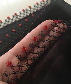 Crochet Edging Patterns, Crochet Lace Edging, Baby Knitting Patterns, Saree Tassels Designs, Fancy Kurti, Embroidered Bedding, Hand Designs, Knitted Shawls, Knitting Socks