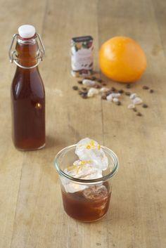 hausgemachter Kaffee-Schokoladen-Likör auf Vodka-Basis