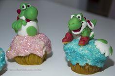 Yoshi's New Island Cupcakes – Yoshi ist da/Yoshi is back. Zum Rezept/Find the recipe here: http://www.backzauberin.de/saisonales/ostern/yoshis-new-island-cupcakes/