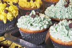 Cupcakes s kúskami čokolády a syrovým krémom