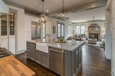 Splendid Tudor style inspired dwelling with reclaimed barn wood in Nashville The post Tudor style inspired dwelling with reclaimed barn wood in Nashville… appeared first on Designs 2018 . English Tudor Homes, Tudor Kitchen, Fixer Upper Kitchen, Tudor Style Homes, Contemporary Bedroom Furniture, Transitional House, Transitional Bedroom, Tudor House, Home Fireplace