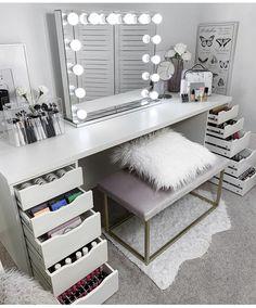 Top Beautiful Teen Room Decor For Girls - Decor Cute Bedroom Ideas, Cute Room Decor, Room Ideas Bedroom, Girl Bedroom Designs, Teen Room Decor, Bedroom Decor, Makeup Room Decor, Aesthetic Room Decor, Stylish Bedroom